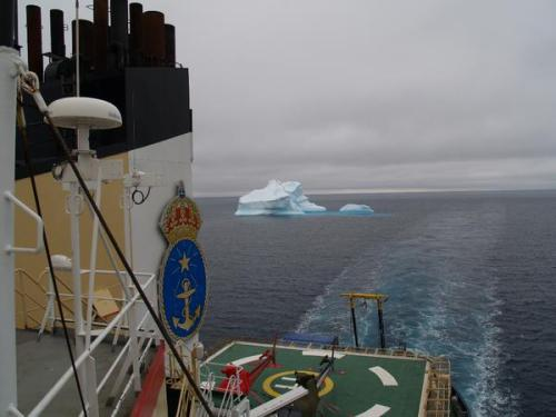 Swedish icebreaker I/B Oden 22 July 2015 on its way to Thule. [Photo Credit: https://twitter.com/SjoV_isbrytning]