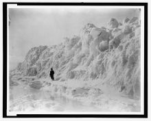 Sea-ice foot at Distant Cape near Discovery Harbor in June, 1882. Photo by G.W. Rice, Library of Congress.