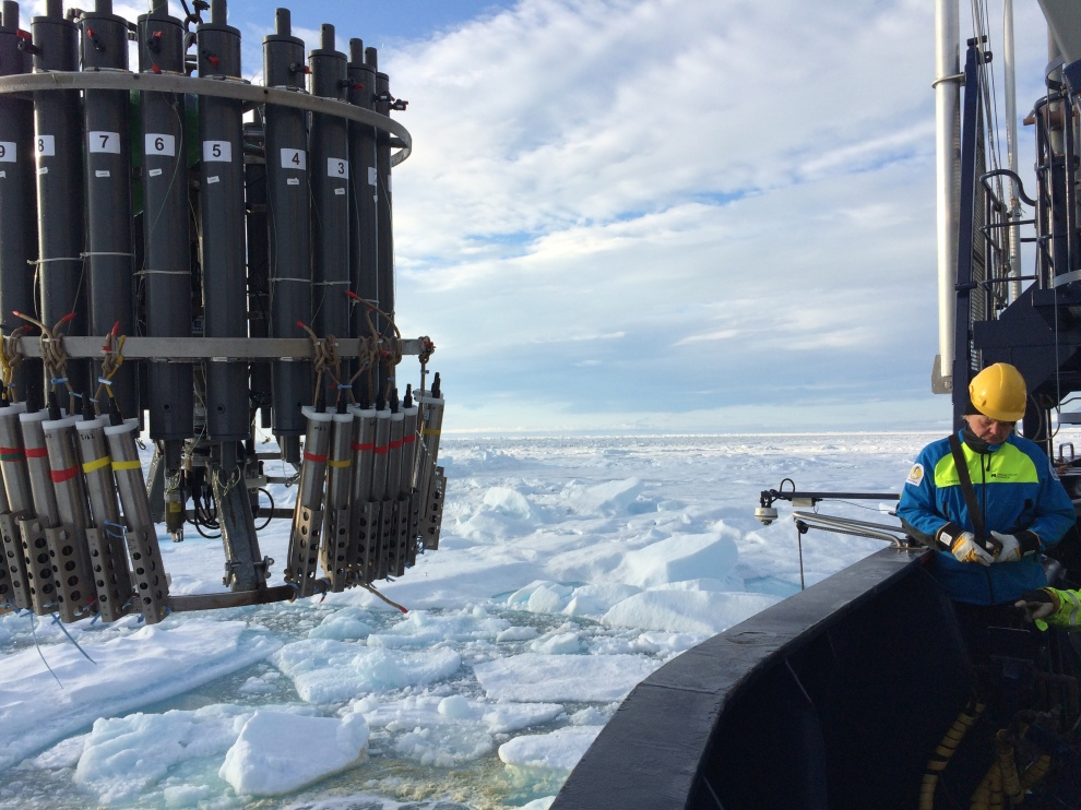 Calibration of ocean sensors in Hall Basin, North Greenland in 2015 from the Swedish icebreaker I/B Oden.